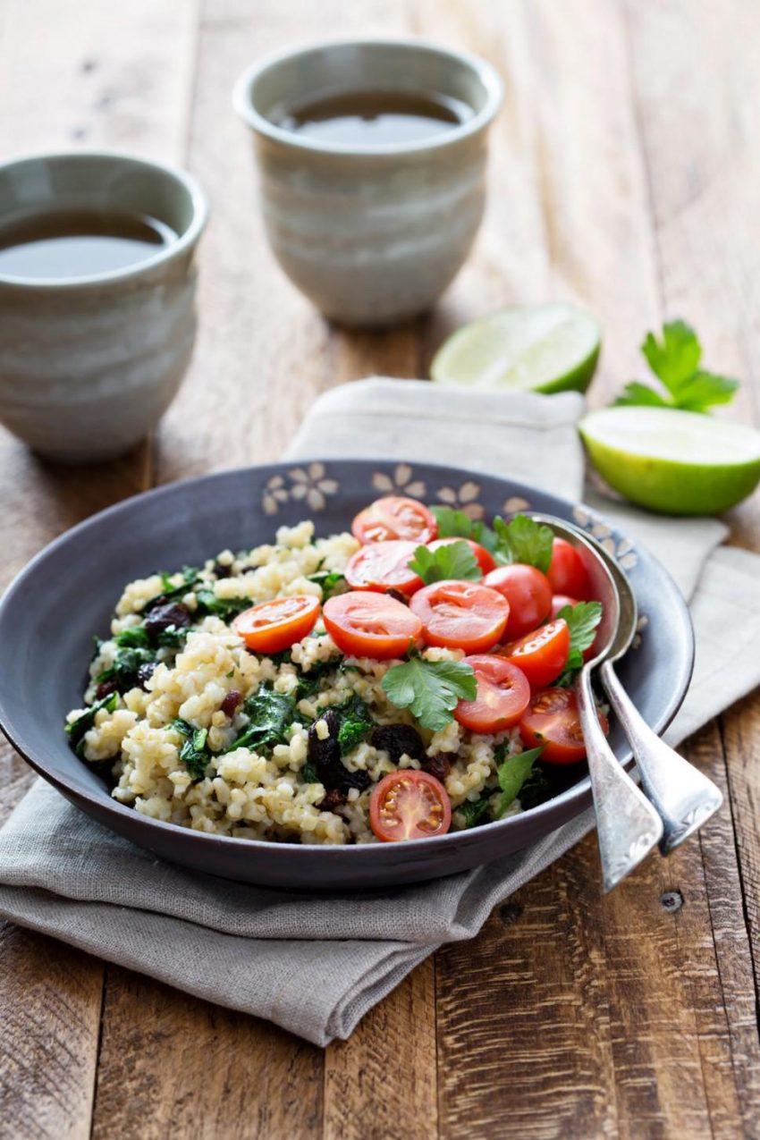 Ciepla Salatka Z Kasza Bulgur I Jarmuzem Cookmagazine